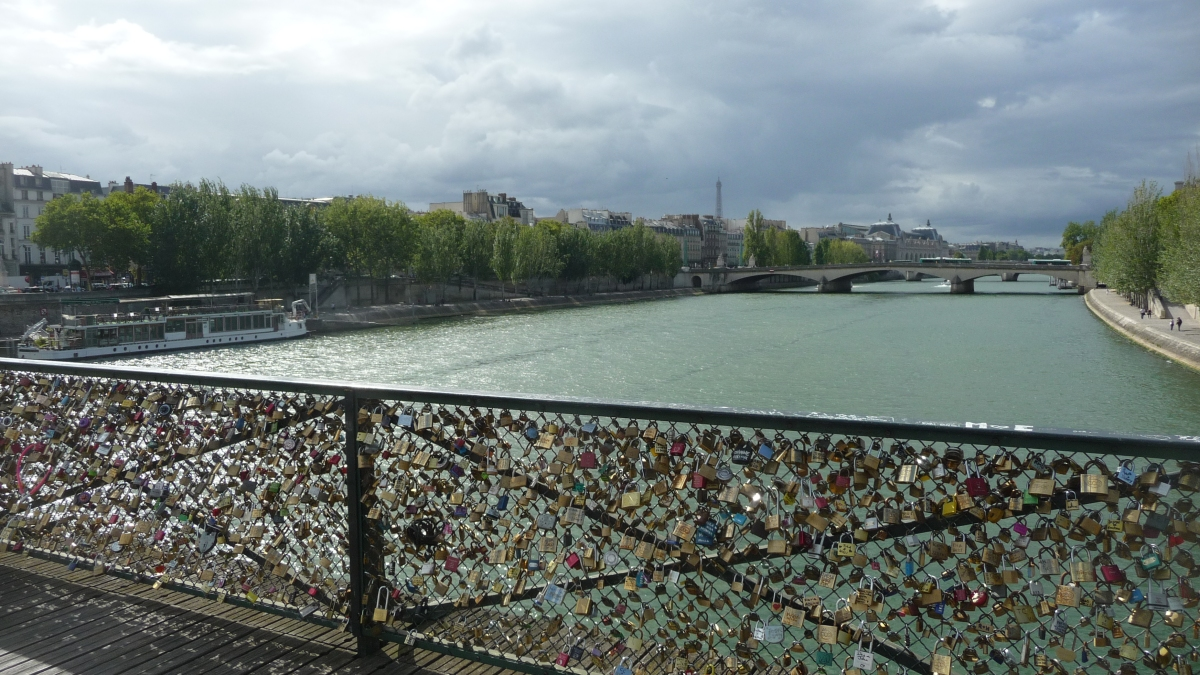 301 moved permanently - Cadenas amoureux pont paris ...